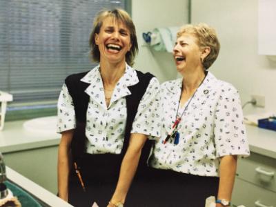 Ruth & Maree 2000 (400x300)